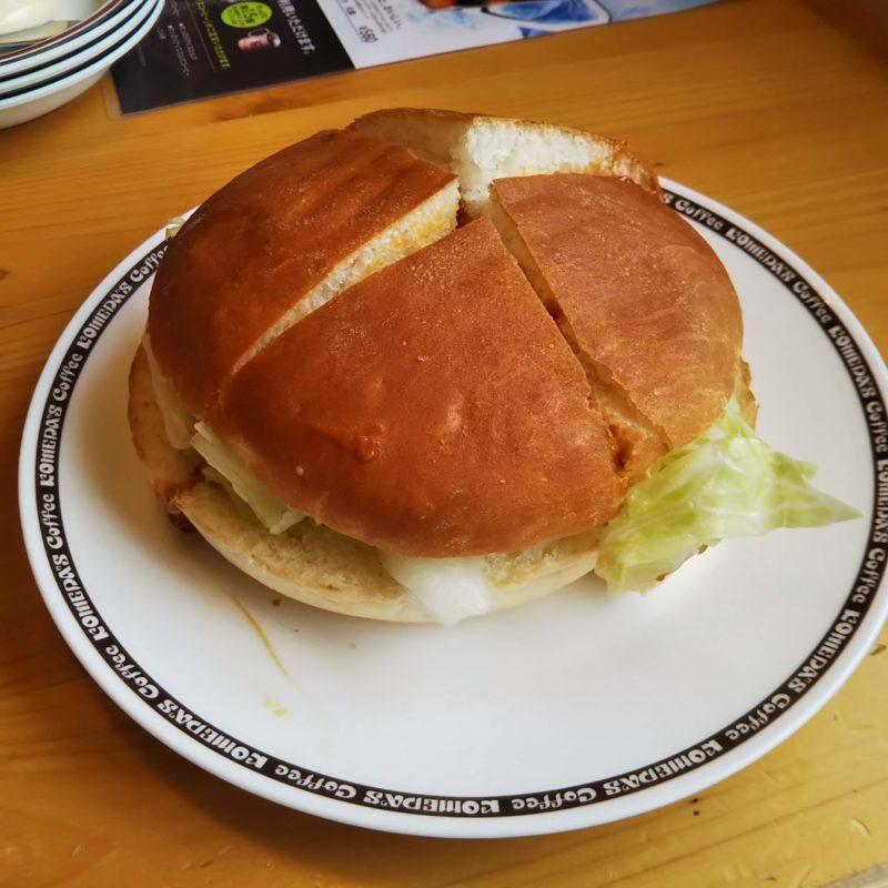 コメダ珈琲のドミグラスバーガー